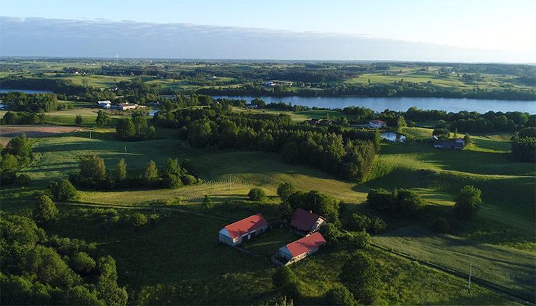 Ujęcia z powietrza na sprzedaż - Lasy, pola, łąki i jeziora mazurskie