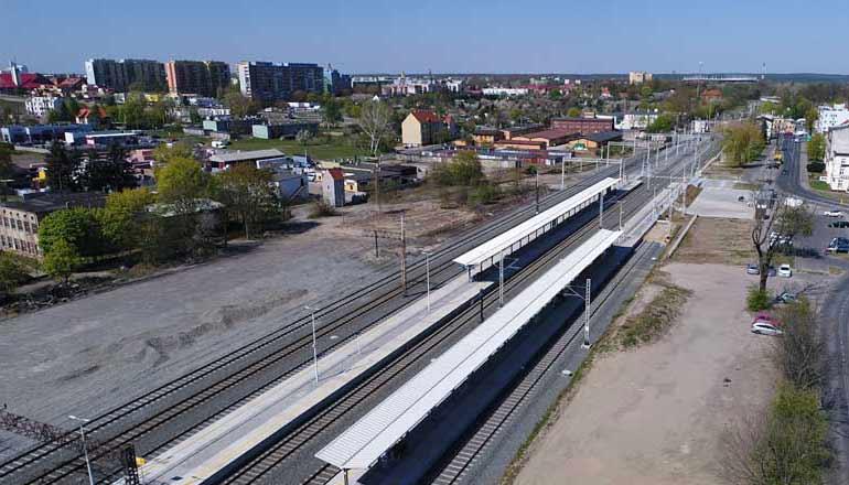 Ujęcia z drona na sprzedaż - Stacja kolejowa w Lubinie