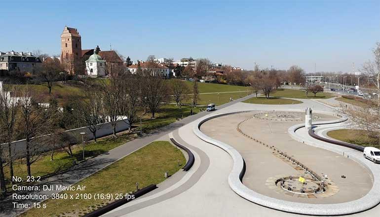 Ujęcia z drona na sprzedaż - Warszawa podczas pandemii Covid-19 - Park Fontann - Stock video