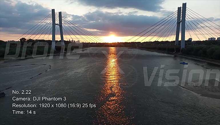 Ujęcia stockowe z drona mostu siekierkowskiego w Warszawie - część 3