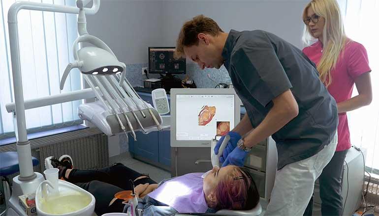 Produkcja filmu reklamowego dla firmy World Dental - klinika dentystyczna