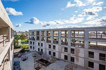 Drone X Vision - Zdjęcie placu budowy hotelu w Pile